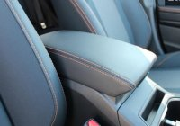 【SUBARU・XV/GT】2.0i-s用 コンソールリッド(オレンジステッチ)・スバル純正部品/スバルパーツ